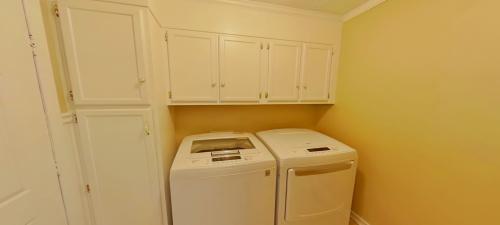 1613 Hickory Ridge Court, Fayetteville, North Carolina 28304, ,House,For Rent,Hickory Ridge Court,1,1023